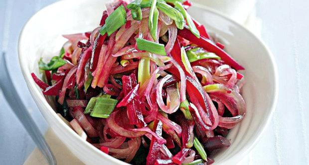 Салат из свеклы и редьки